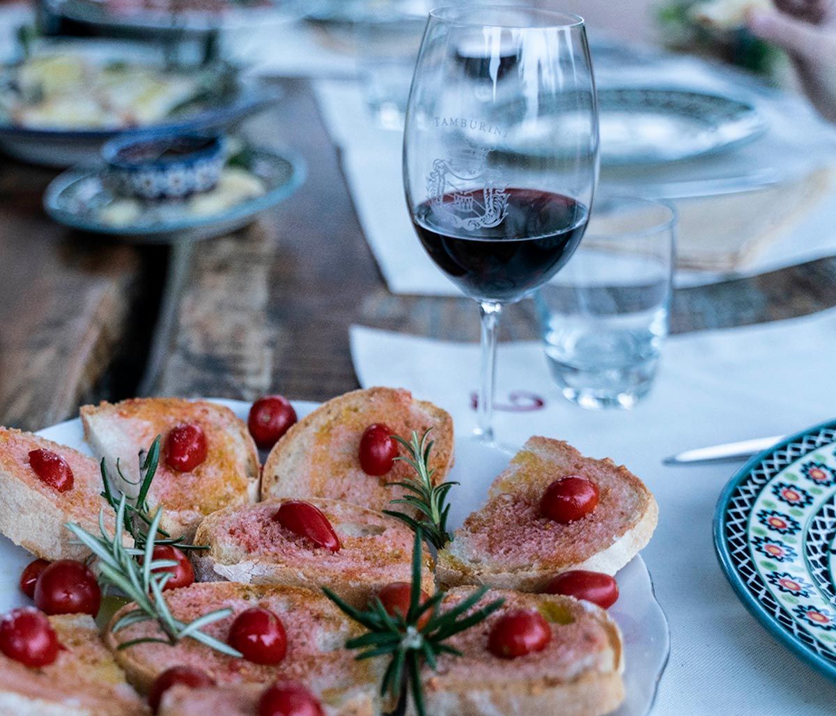Wine tasting experience in Agricola Tamburini