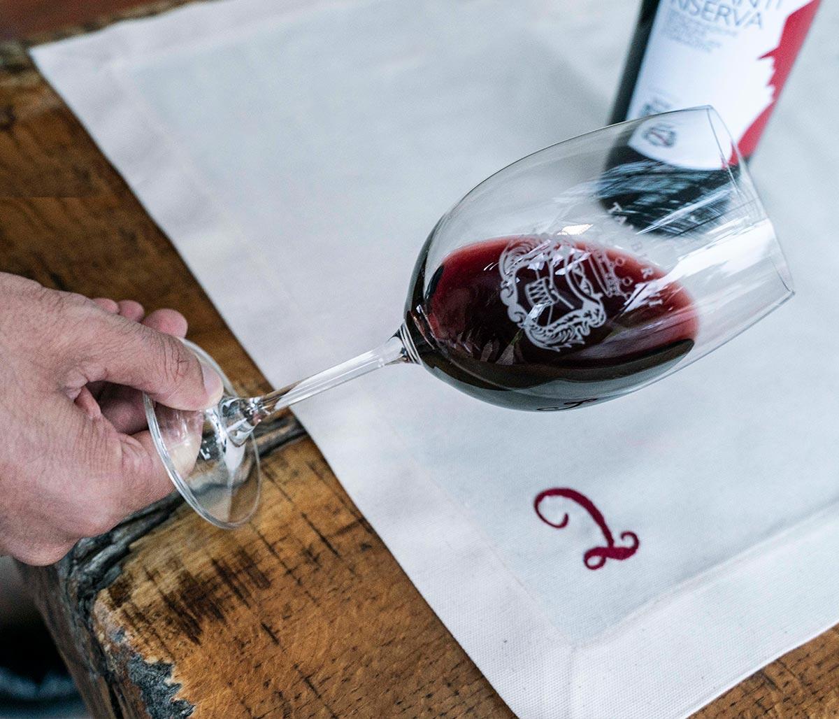 Wine tasting in Agricola Tamburini